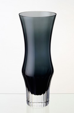 06-Tall-Smoke-Vase-cut-base