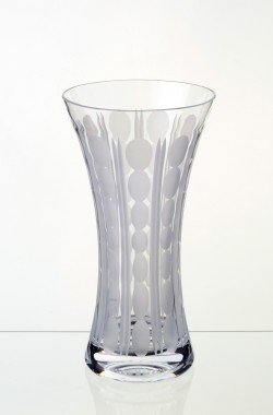 11-Medium-waisted-Clear-Vase